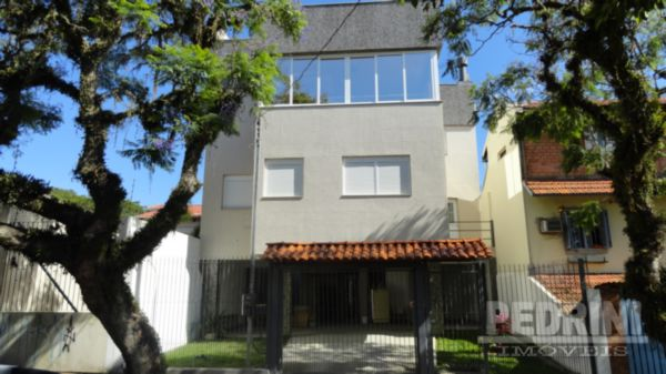 Sobrado 3 Dorm, Tristeza, Porto Alegre (4457)